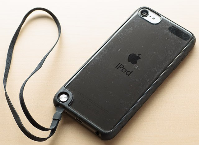 XtremeMac iPod Touch(第5世代)対応ケース 裏
