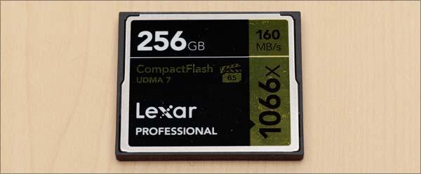 レキサー256GB